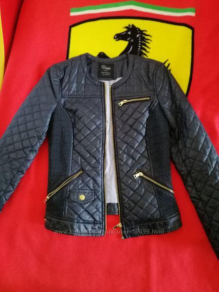 Курточка Zara xs