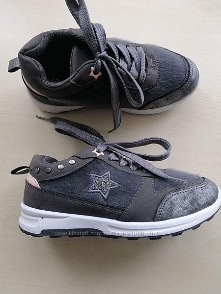 Новые кроссовки на девочку р.31, 19,5см.