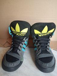 Adidas Хайтопы крутые демисезонные оригинал