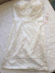 Новое белое платье. Р. М