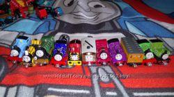Паровозики Томас на магнитах Mattel оригинал