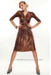 Платье 52-54 размера из вискозы. Можно обмен.