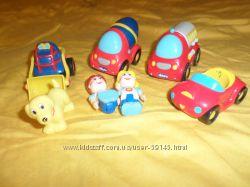 Маленькие машинки и фигурки Chicco
