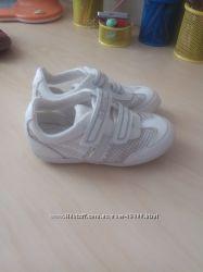 Geox супер легкие кросовочки