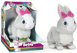 Интерактивный кролик Бетси Club Petz Funny - IMC 95861