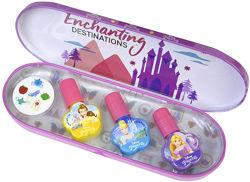 Набор лаков в металлическом футляре Disney Princess - Markwins1599020E