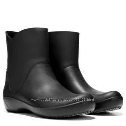 Crocs Women&rsquos Rainfloe Bootie Rain Boot 39-40 размер