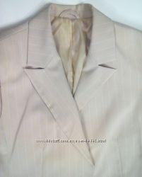 3ccea21d43521 Костюм женский песочного цвета, 45 грн. Женские костюмы, комплекты ...