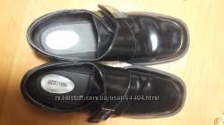 Кожаные туфли Kenneth Cole, стелька 24 см.