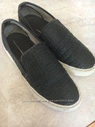 Продам туфельки- слипоны Тommy Hilfiger 36 р