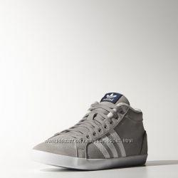 Утеплені черевики Adidas . Оригінал 36. 5