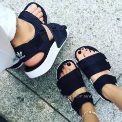 Сандалі adidas Originals adilette sandal. Оригінал  36, 5, 38, 38, 5, 39, 40