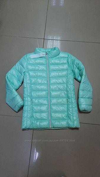 Легкая деми куртка Reserved р. 116, 122,128