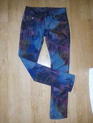 Красивенные джинсы Roberto Cavalli на 34/36 евро