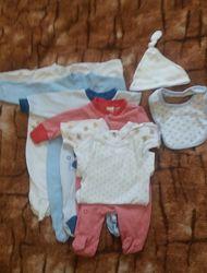 Пакет одежды для очень маленьких деток 46-50см