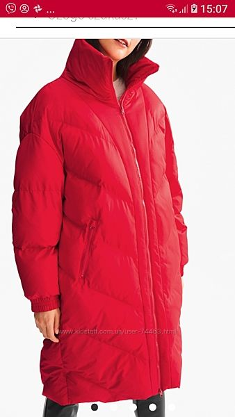 Красное пальто приблизительно 56 размера