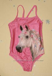 Яркий купальник с лошадкой для девочки р, 98-104, 110-116