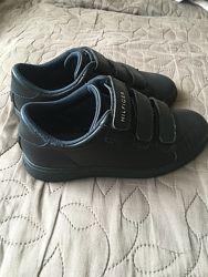 Туфли-кроссовки Tommy Hilfiger натуральная кожа 34 размер