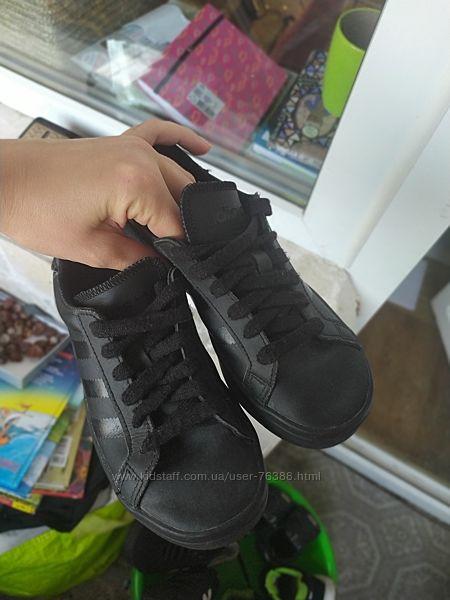 Adidas кроссовки туфли для мальчика 33 размер стелька 20 см