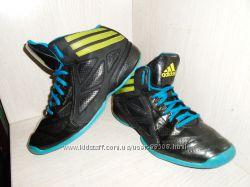 Деми ботинки , высокие кроссовки Adidas