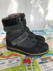 Продам зимние ботинки на меху 34 р.