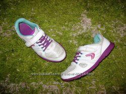 Шикарные кросики Clarks. Англия