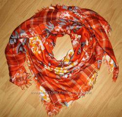 Шарфы, палантины, платки H&M, AMISU из Германии