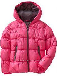 Новая зимняя куртка Old Navy для  девочки S 5-6 лет