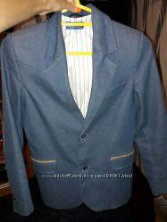 крутой пиджак в школу и много одежды в школу