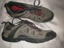 35. 5  -  21. 5 см  замшевые  кроссовки  ф.  Karrimor - оригинал