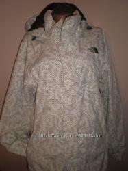 лыжная  куртка  ф.  The  North  Fase  размер  L