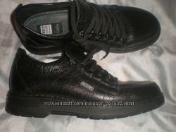 43 - 28. 5 см  кожаные туфли  Fretz  Men  Щвейцария