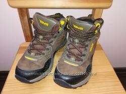 Ботинки TEVA