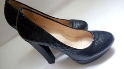 Продам кожанные туфли Passio в отличном состоянии.