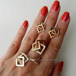 Набор Золото  кольцо, кулон и серьги 585 проба. Кубы