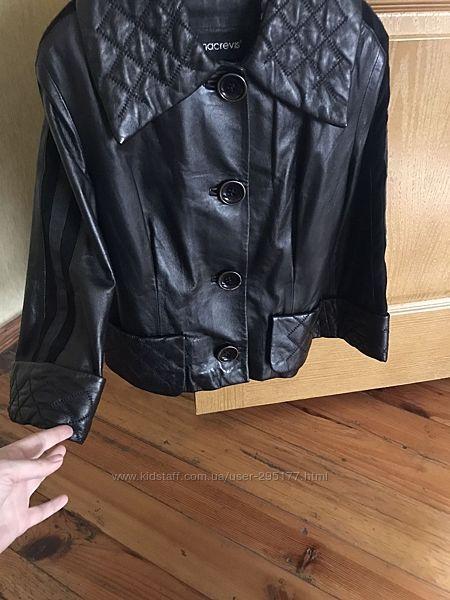 Кожаная куртка размер С