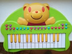Детское пианино, синтезатор на батарейках