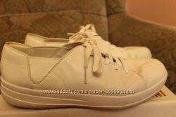 Взуття 40 розміру FitFlop Nike