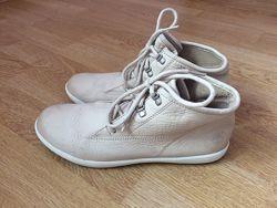 Кожаные ботинки Timberland оригинал 36 размера в отличном состоянии