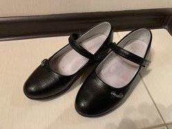 Туфли на девочку 32 р