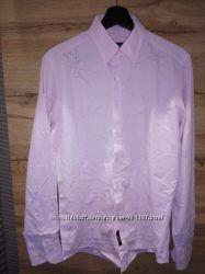 Рубашка AVVA slim fit в отличном состоянии р. М