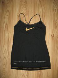 Nike оригинал платье для фитнеса