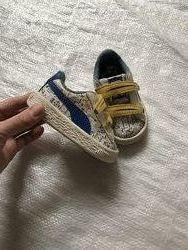 Кросівки пума з мінйонами , розмір 19