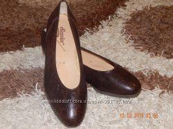 Кожаные туфли 38 р-р