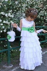 Торжественное платье для выпускного или утренника
