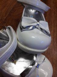Нарядные туфельки для малышки