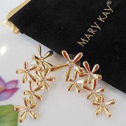 Позолоченные серьги Россыпь цветов Мери Кей