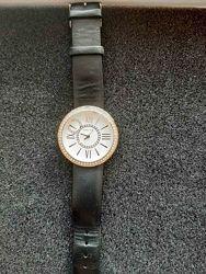 Натуральная кожа. Позолоченные часы Мери Кей в идеальном состоянии