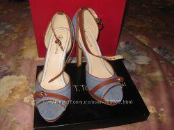 Шикарные босоножки на каблуке джинс с коричневыми вставками