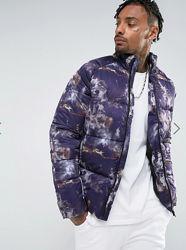 Куртка дутая пуховик с принтом тай-дай Asos
